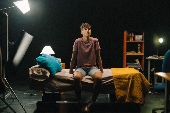 Actor durante el rodaje de publicidad institucional de Andalucía - que el juego no apague tu luz