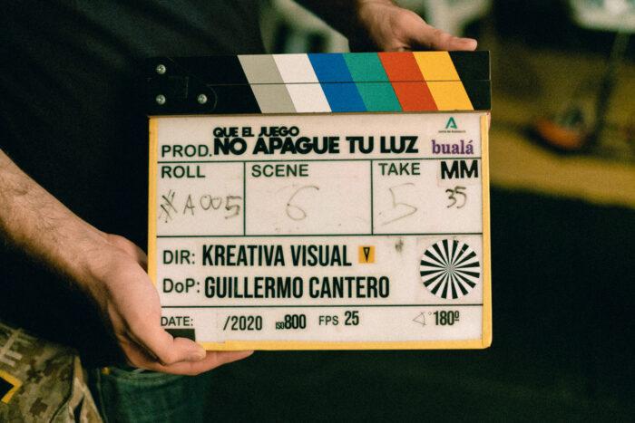 Claqueta durante el rodaje de Publicidad Institucional de Andalucía: Que el juego no apague tu luz